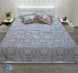 КУВЕРТЮРА Алба сиво с две декоративни възглавници